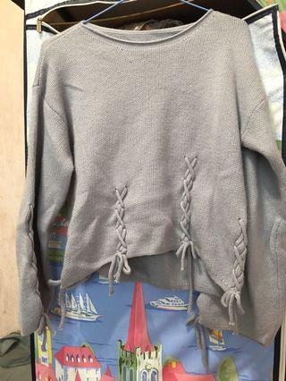 🚚 蝴蝶結毛衣