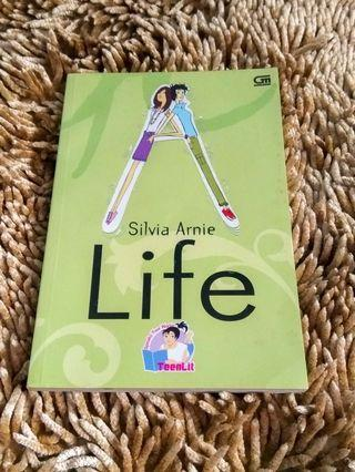 (Novel) LIFE karya Silvia Arnie #cintaibumi
