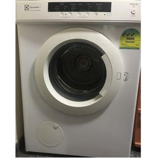 Electrolux Clothes Dryer Machine