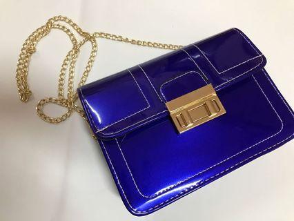 (NEW) Handbag with Chain