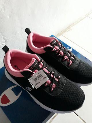 Champion Sepatu Hitam Pink