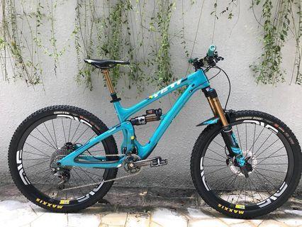 YETI SB6 TURQ ENVE XTR - Full Bike