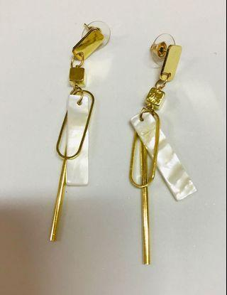(NEW) Earrings
