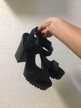 Chunky Zara heels