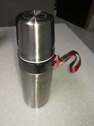 Brand new thermal flask