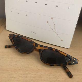 0054217d09800 Tortoise Shell Cat Eye Sunglasses