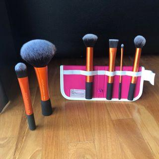 Real Techniques Makeup Face Brushes Flawless Base Set