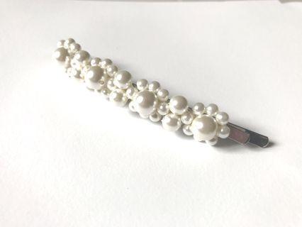 🚚 白色珍珠髮夾~美&質感