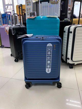 阿豪 日本echolac 前開蓋可擴大鎖頭設usb充電口 20寸手提行李箱