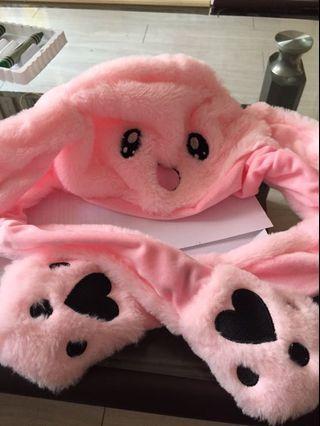 🚚 [二手僅拆封]一捏耳朵就會動的帽子 可愛兔耳朵帽 抖音同款 朴寶劍同款 粉色