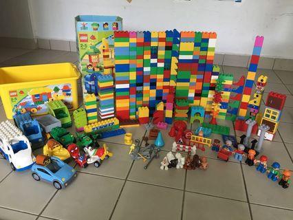 lego Duplo 450 psc set