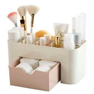 Make Up Organizer/skincare organizer
