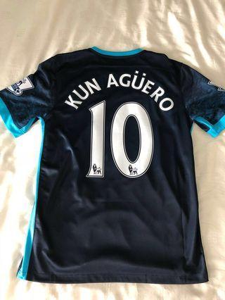 Manchester City 2015-16 Away Kit Kun Aguero
