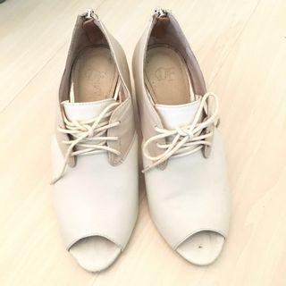 DF 女裝真皮船踭白x杏高踭鞋 簡約文青款