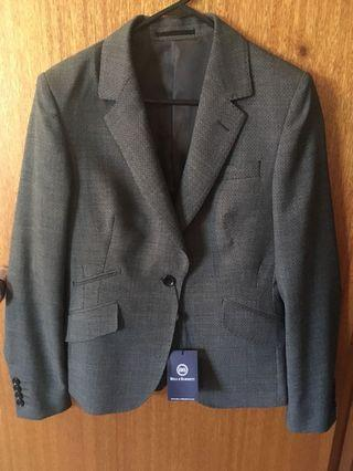 Bell and Barnett extrafine Merino wool blazer size 8. Brand new with tag. Bought for $399.00