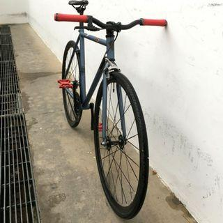 Airwalk fixed gear/ single speed bike