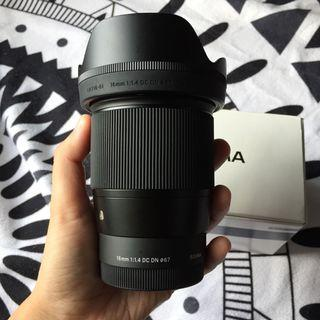 (postage only no cod) Sigma 16mm f1.4 for sony