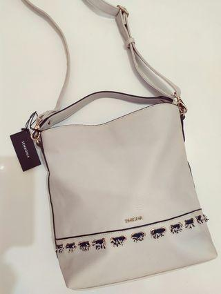 Sembonia bucket bag