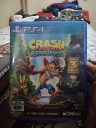 Kaset ps4 bd crash bandicot n sane trilogy mulus