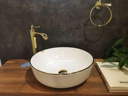 Gold design basin + gold mixer set