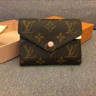 LV Louis Vuitton Victorine Wallet M62360