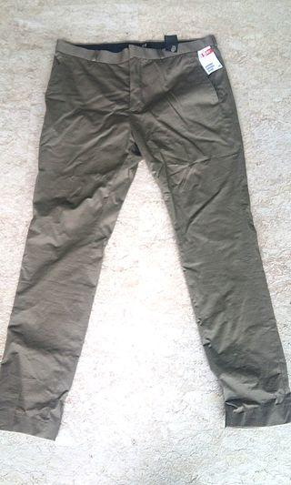 H&M skinny fit navy green pants for man
