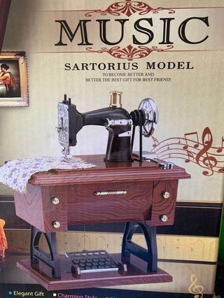 🚚 裁縫車音樂盒