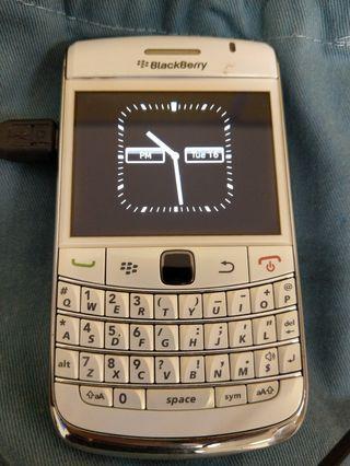🚚 Blackberry Bold