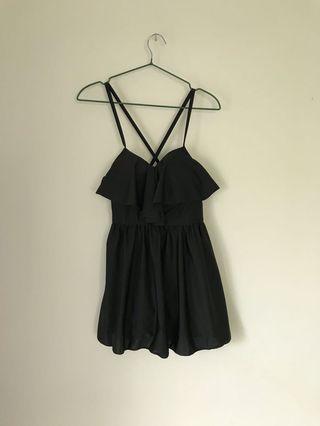 🚚 全新碳黑露背交叉綁帶泳衣