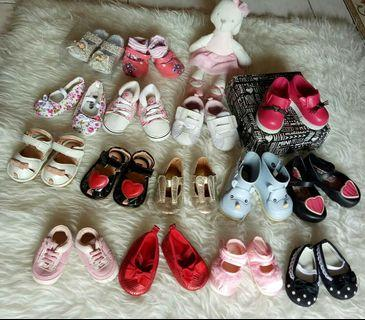 Baby shoes branded