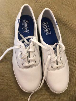 僅試穿 keds 小白鞋 皮 us7 經典皮質綁帶休閒鞋 白鞋 非帆布鞋 #半價衣服拍賣會