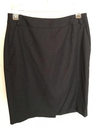 黑色暗條紋西裝裙 black skirt