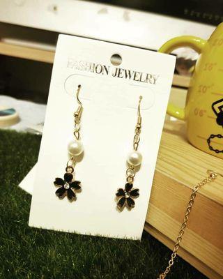 🚚 珍珠花朵-多帶有優惠💕