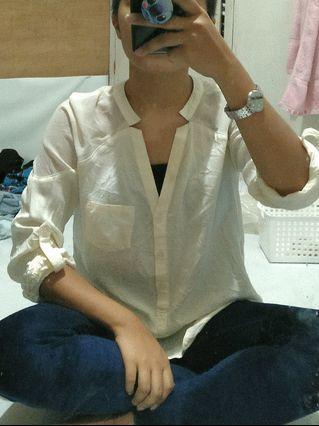 White chinese collar long sleeves