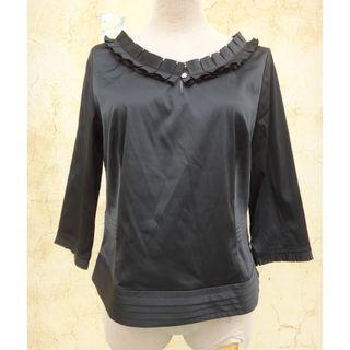 正品 IRIS 黑色 七分袖 亮綢上衣 Size: L