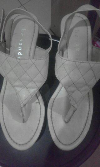 Sandal kondisi 90% tinggi 7cm