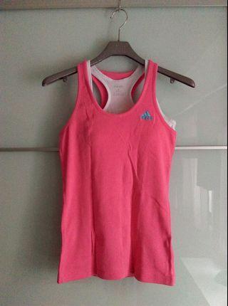 adidas女運動上衣,粉紅色,尺寸M,9成新,不含內背心。