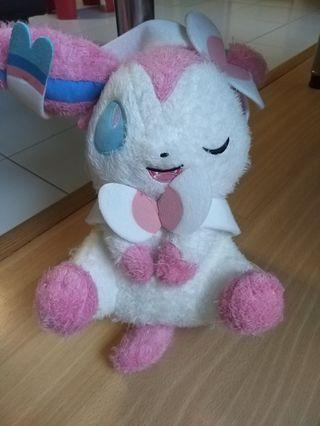 Craneking Pokemon Sylveon