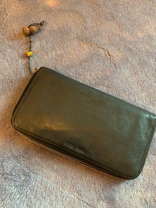 🚚 Distressed Authentic Miu Miu Long Wallet