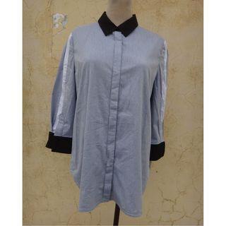 正品 郭珮玲 J & NINA 藍色色塊 七分袖襯衫 Size: 11