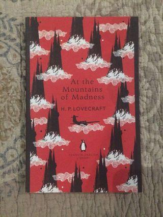 At the Mountains of Madness (Penguin English Library)