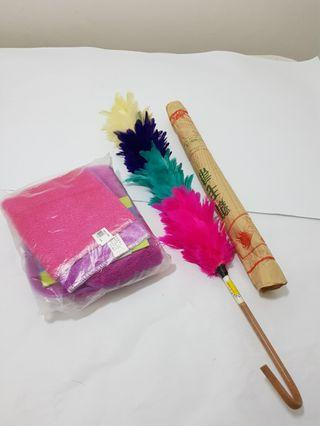Feather Duster and multi-purpose cloth