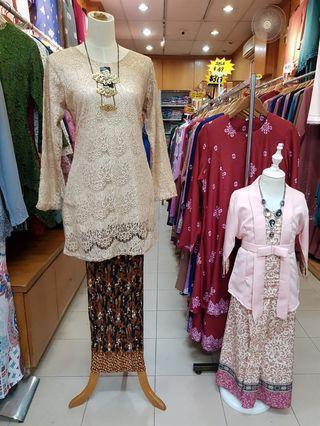 Baju kurung lace