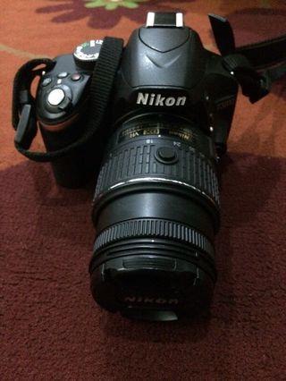 SALE! Nikon D3200 (Like New!!)