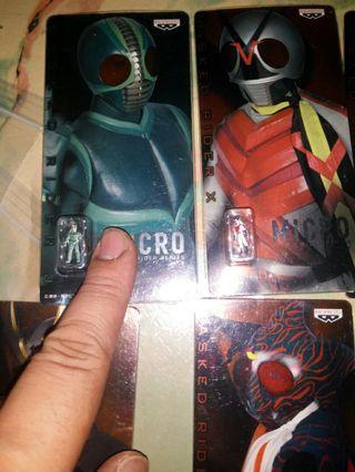 Micro small figure Kamen Rider and Dragon Ball