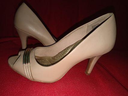 high heels dexter payless