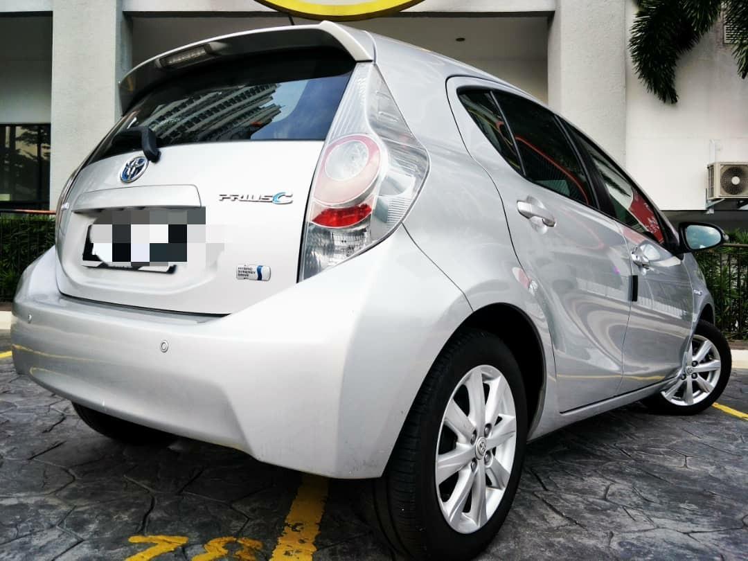 2013 Prius C 1.5 (A) dp 4990 B/LIST LOAN KEDAI KERETA