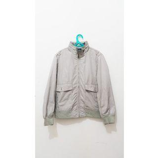 Jaket Uniqlo Air Protection