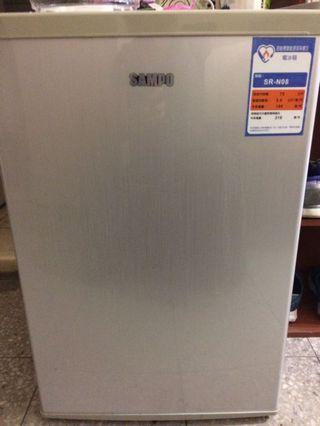 靜音小冰箱 需自取