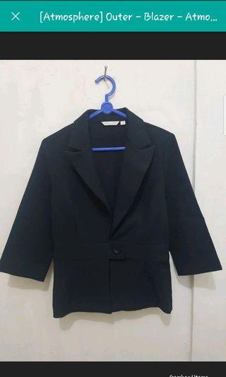 Atmosphere Blazer Hitam